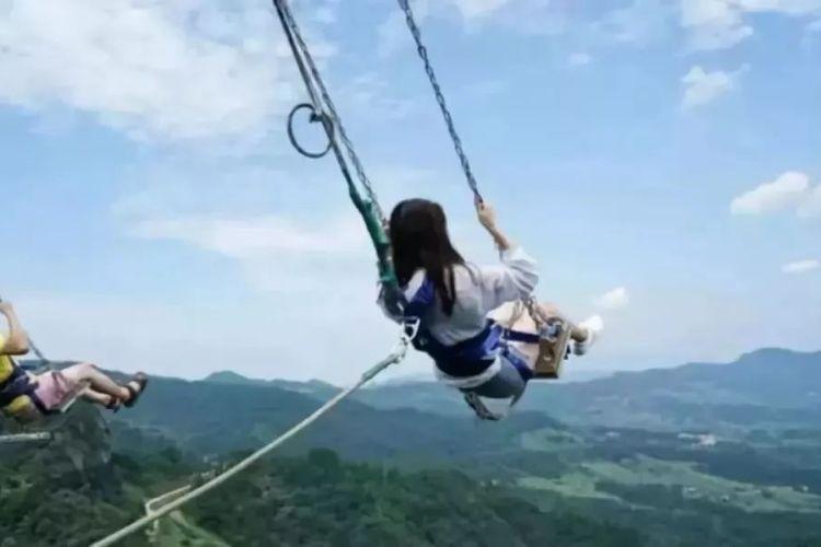 【清遠1天】百畝桃花谷、金雞巖5D玻璃橋、馬術表演純玩