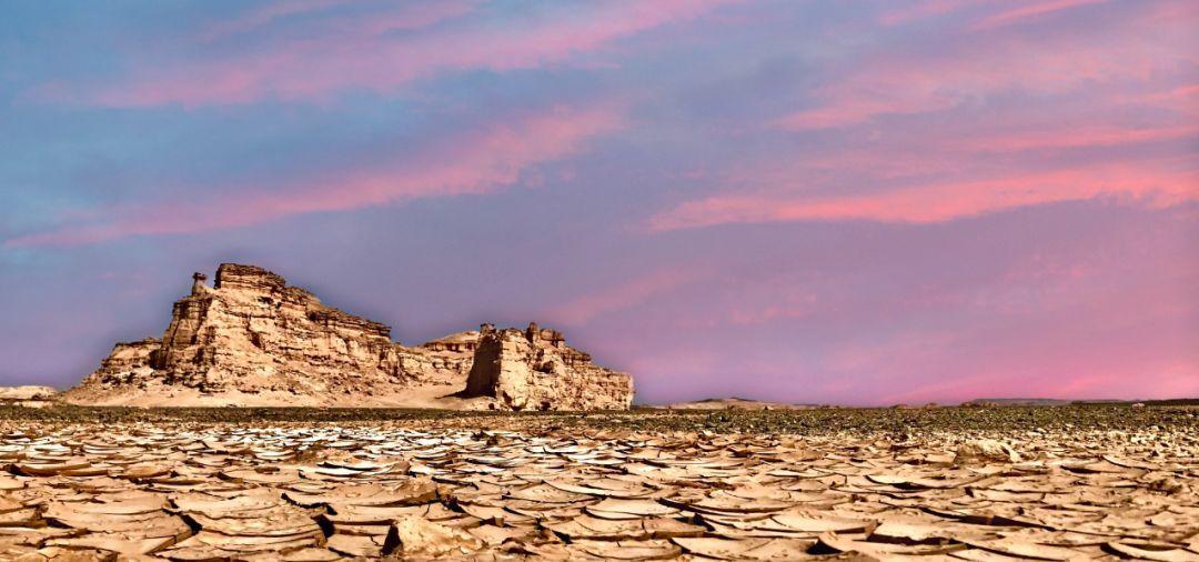 探秘罗布泊无人区、自驾环塔拉力赛道、穿越火焰山--新疆落地自驾(含往返机票8天)