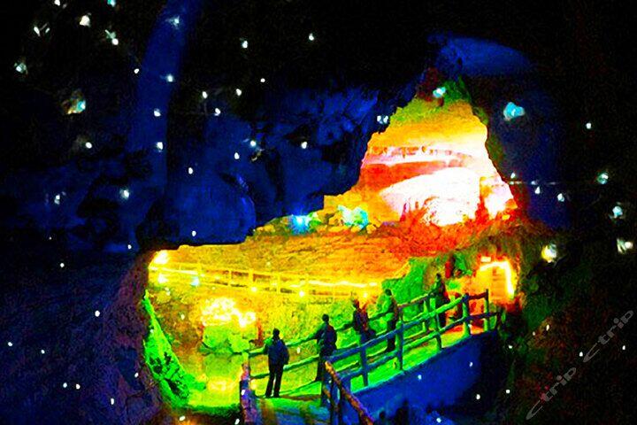 青岛旅行社去临沂旅游——竹泉村+地下大峡谷+萤火虫水洞大巴2日游